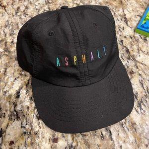 Asphalt hat